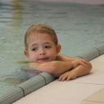 06-Jan-2011: Danique is having a break during swimming class.