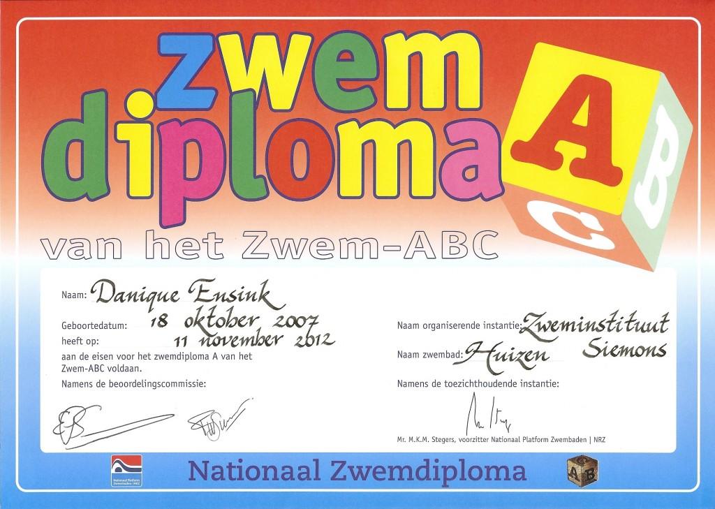 Su 11-Nov-2012: Danique's swim certificate A.
